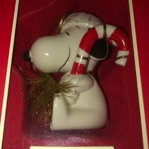Lenox snoopy's sweet treat ornament